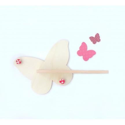Papillon-étagère en bois naturel