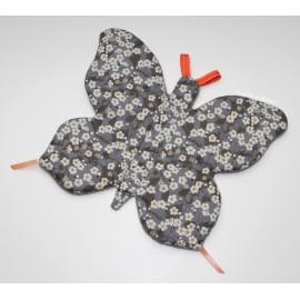Doudou plat - Aponi le papillon gris et fleurs blanches